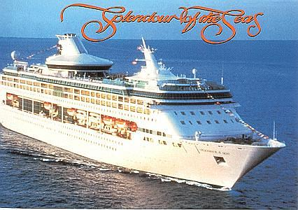 El Splendour of the Seas de Royal Caribbean toca agua por primera vez (17 junio 1995)