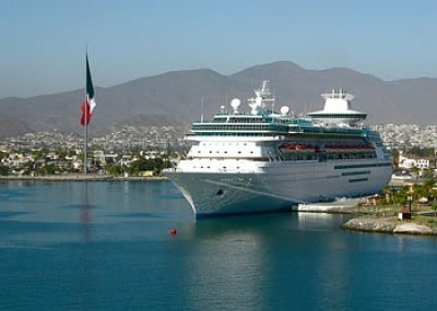 El crucero Monarch of the Seas atracado en Ensenada