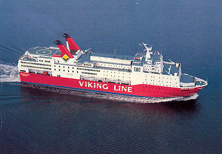 El ferry Viking Saga en su estado original