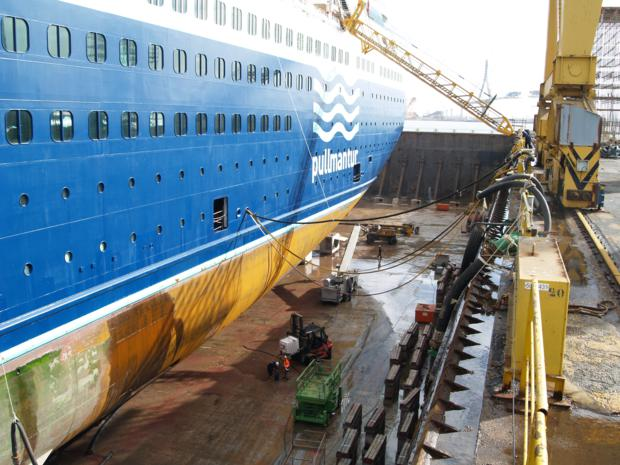Reforma Sovereign Pullmantur Navantia