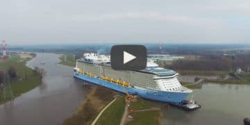 Ovation of the Seas navegando el rio Ems