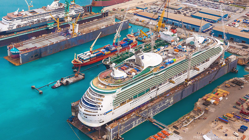 Adventure of the Seas sale de astillero Regresa a dique seco el Adventure of the Seas en 2018 - CruceroAdicto.com