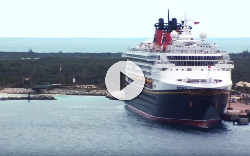 Épica batalla entre el Disney Dream vs Disney Magic en Port Canaveral - CruceroAdicto.com
