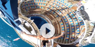 salto a la piscina del Oasis of the Seas