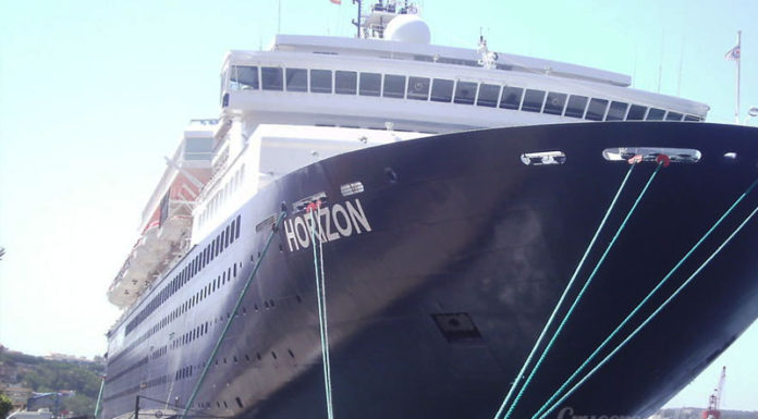 incidente del horizon empress de pullmantur - incidente del horizon 696x385 - Adiós definitivo al Empress de Pullmantur